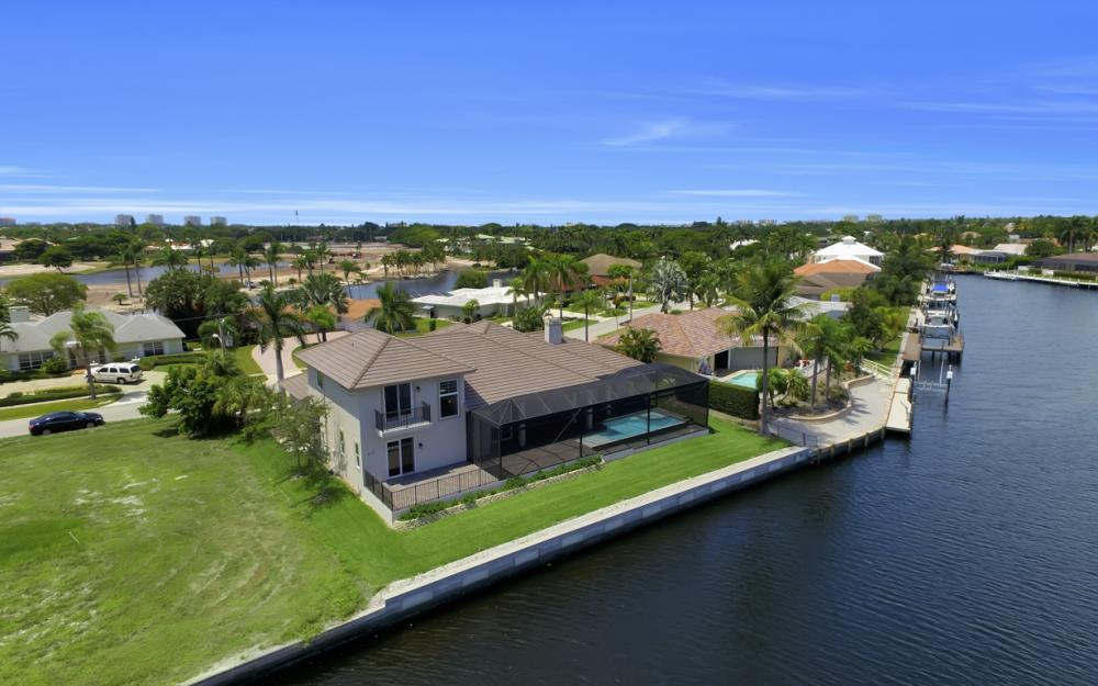 411 Nassau Ct, Marco Island - Home For Sale 1057577713