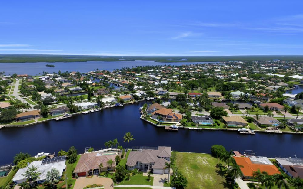 411 Nassau Ct, Marco Island - Home For Sale 1406610142