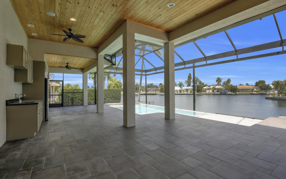 411 Nassau Ct, Marco Island - Home For Sale 985541146
