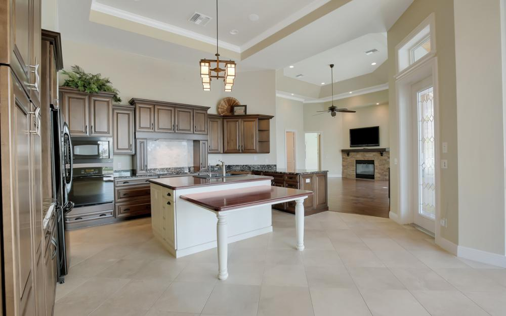 1722 Hummingbird Ct, Marco Island - Home For Sale 941672900