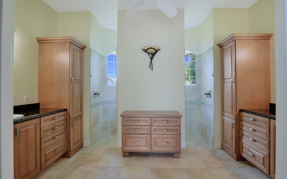 1722 Hummingbird Ct, Marco Island - Home For Sale 808955954