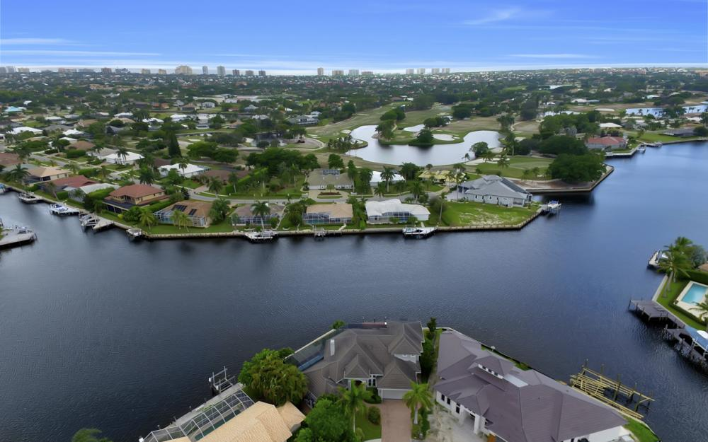 1722 Hummingbird Ct, Marco Island - Home For Sale 312313188