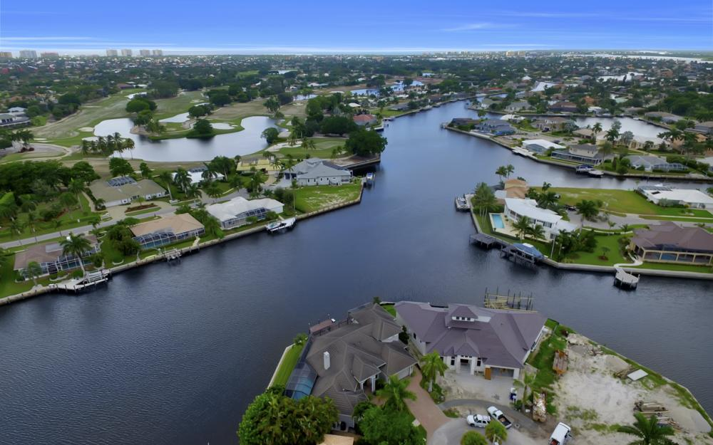1722 Hummingbird Ct, Marco Island - Home For Sale 517753939
