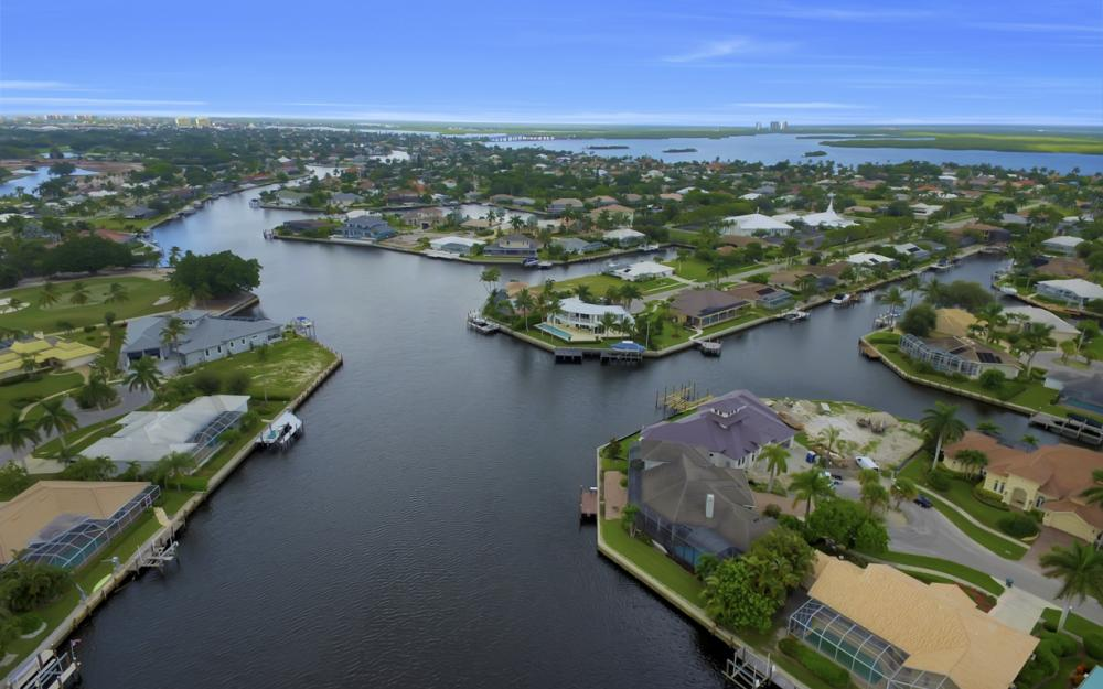 1722 Hummingbird Ct, Marco Island - Home For Sale 1069064776