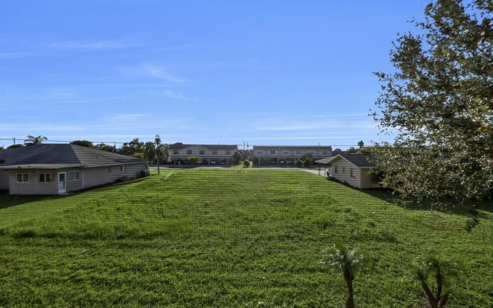 4520 Skyline Blvd #209, Cape Coral - Condo For Sale 1374521324
