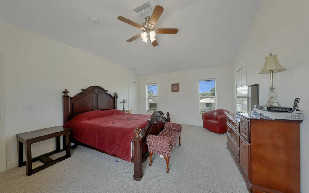 1414 SE 1st Ter, Cape Coral - Home For Sale 2065080963