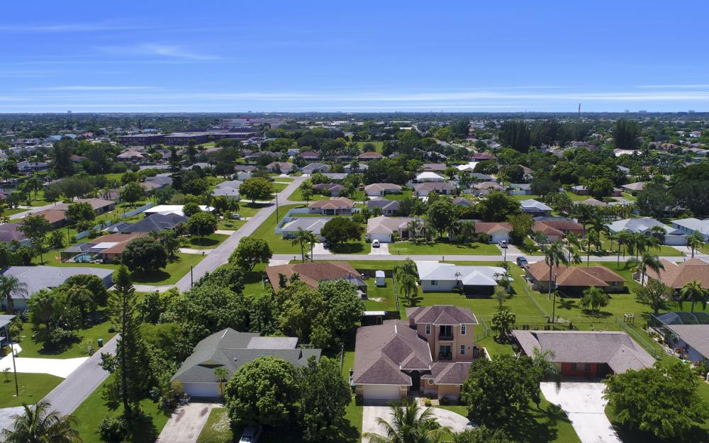 1414 SE 1st Ter, Cape Coral - Home For Sale 425455390