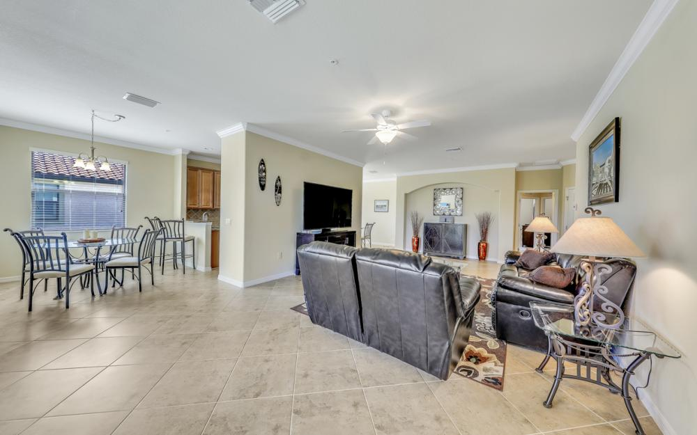 3157 Aviamar Cir #202, Naples - Condo For Sale 2046468701