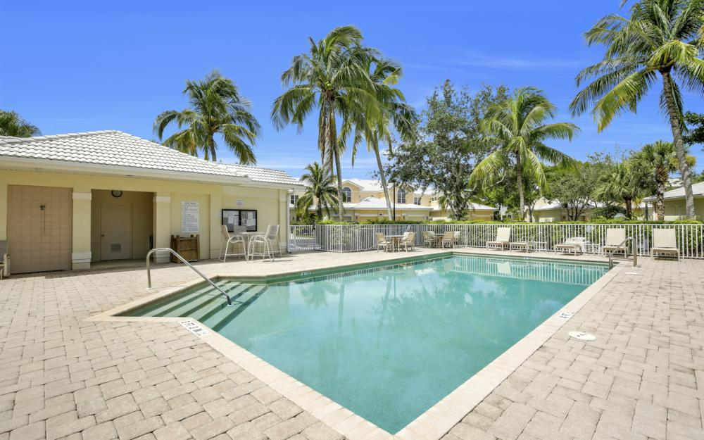 4620 Hawks Nest Dr #104, Naples - Home For Sale 1469849531