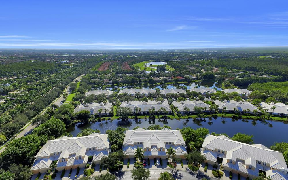 4620 Hawks Nest Dr #104, Naples - Home For Sale 1199288244