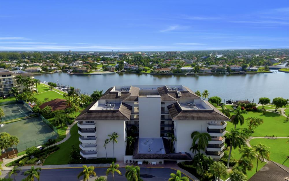 601 Seaview Ct APT C307, Marco Island - Condo For Sale 1968181812