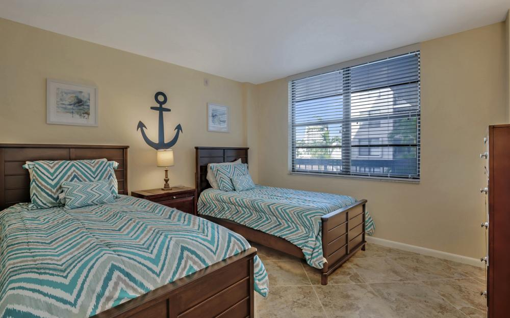 601 Seaview Ct APT C307, Marco Island - Condo For Sale 103468459