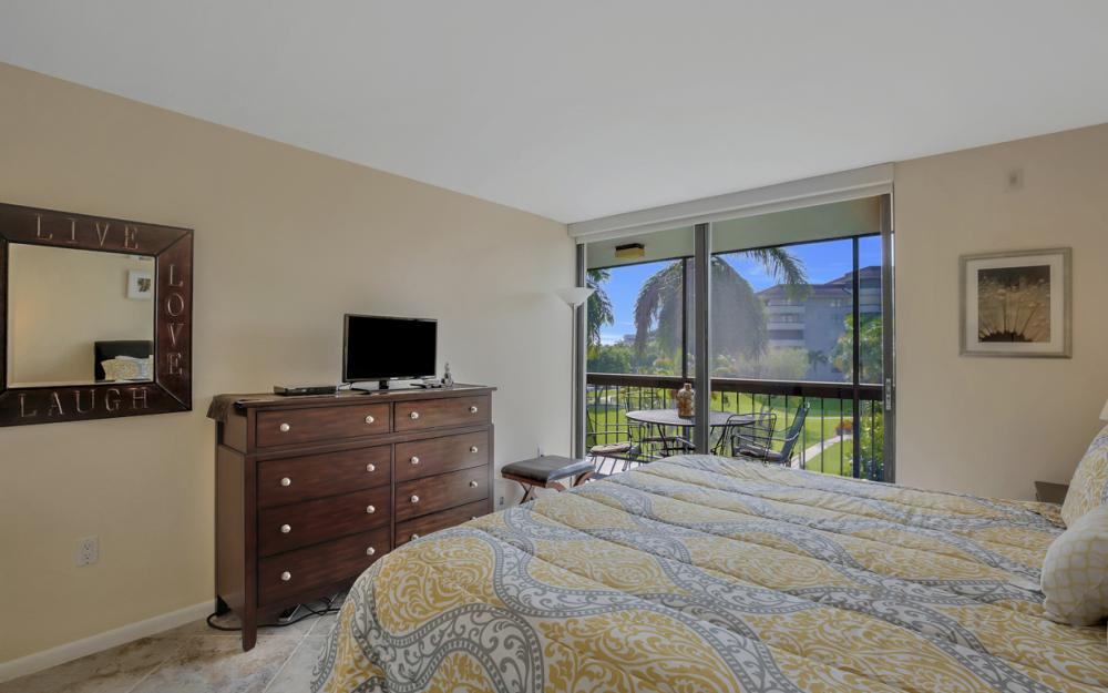 601 Seaview Ct APT C307, Marco Island - Condo For Sale 1413542039