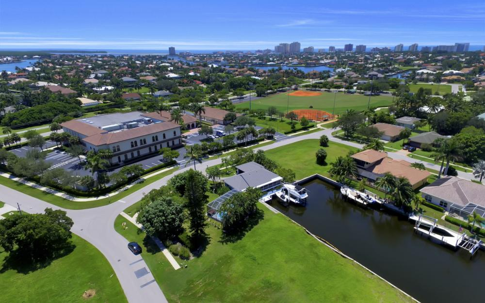 468 Barcelona Ct, Marco Island - Lot For Sale 587451831