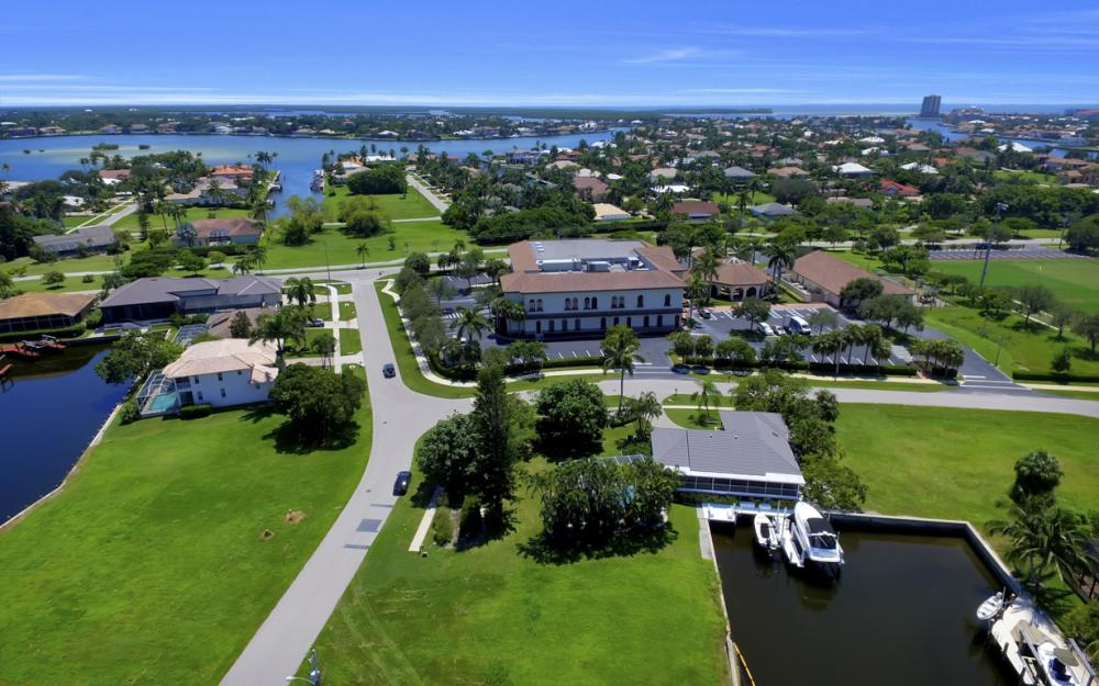 468 Barcelona Ct, Marco Island - Lot For Sale 1347487577