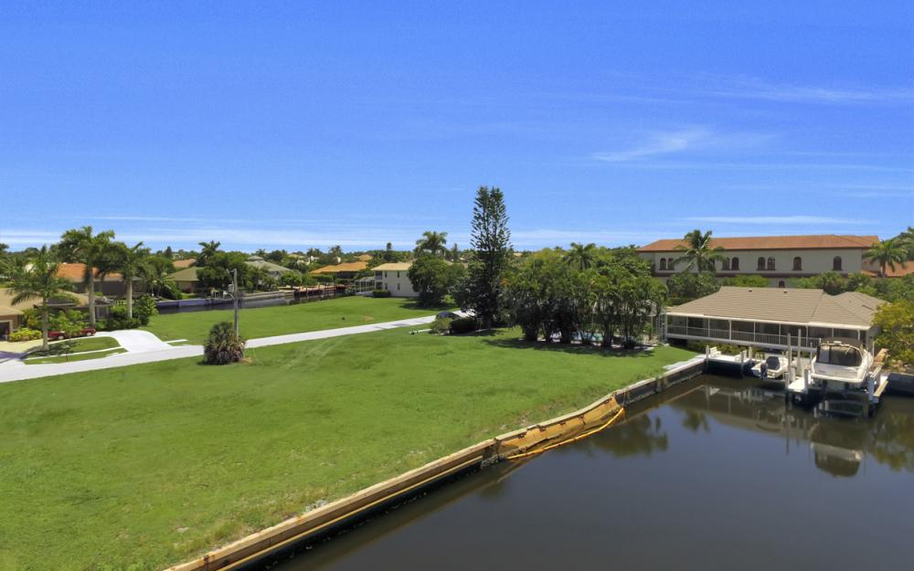 468 Barcelona Ct, Marco Island - Lot For Sale 1254544569