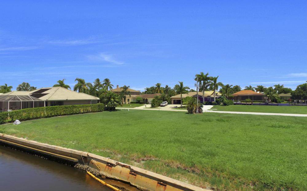 468 Barcelona Ct, Marco Island - Lot For Sale 1736000442