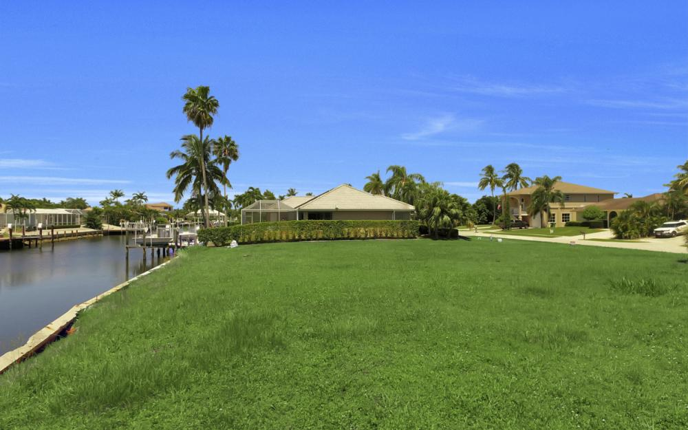 468 Barcelona Ct, Marco Island - Lot For Sale 270434556