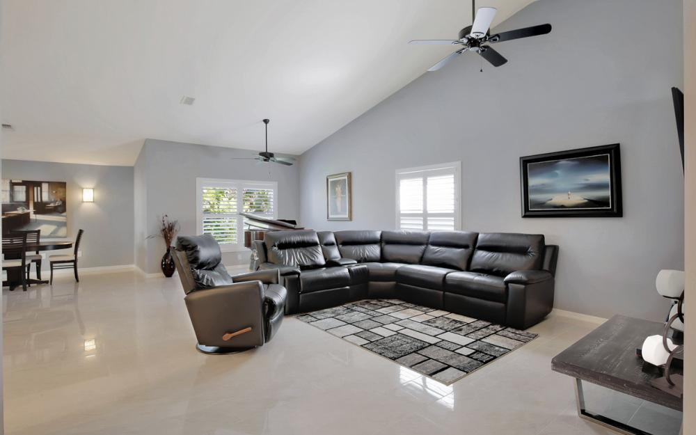 8133 Breton Cir, Fort Myers - Home For Sale 219451881
