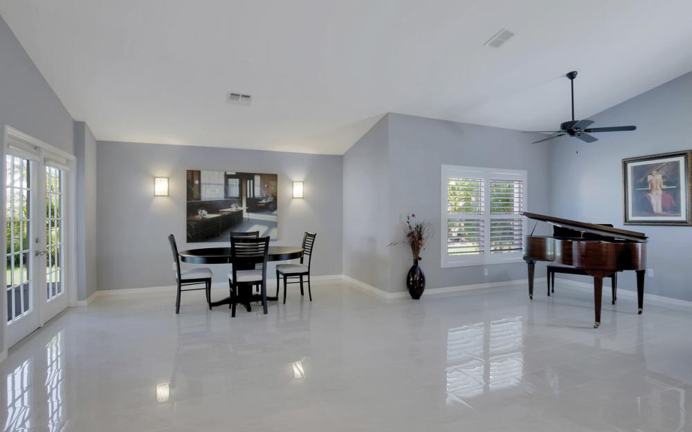 8133 Breton Cir, Fort Myers - Home For Sale 552258789