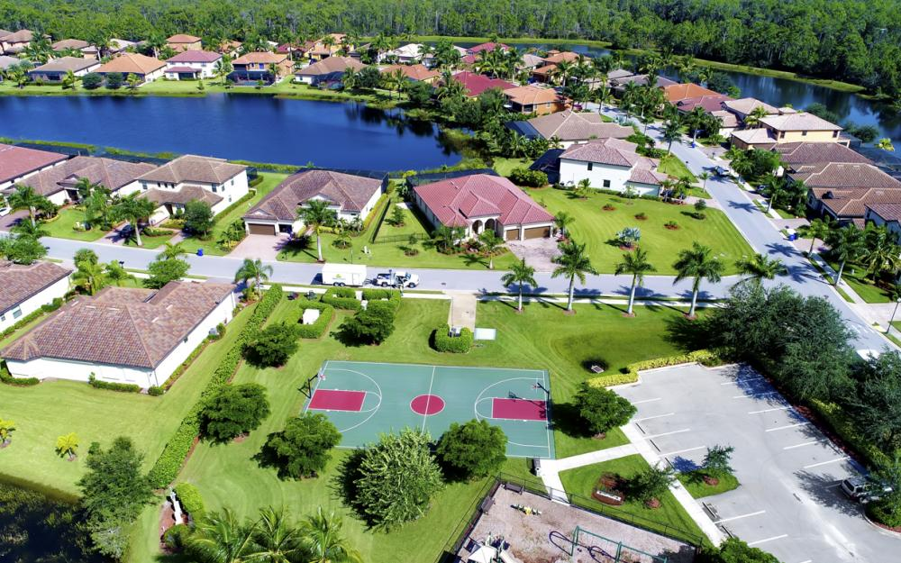 9182 River Otter Dr, Fort Myers - Home For Sale 547334308