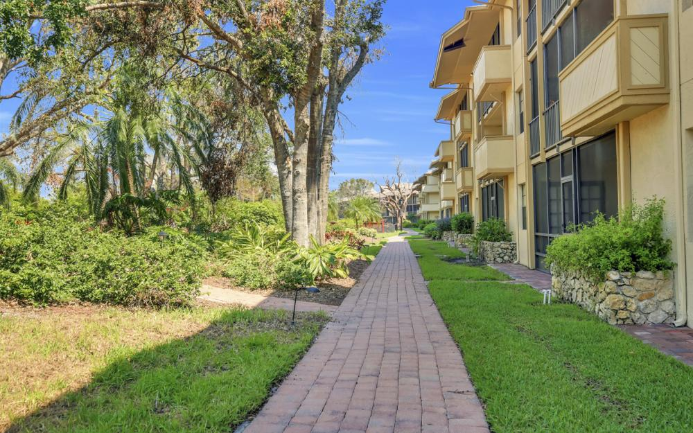 600 Neopolitan Way #128, Naples, FL - Condo For Sale 2091546284
