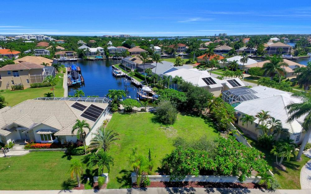 370 Cottage Ct, Marco Island - Lot For Sale 1010446936