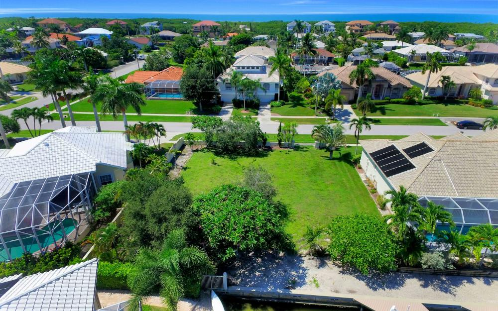 370 Cottage Ct, Marco Island - Lot For Sale 199997248