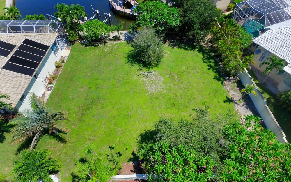 380 Cottage Ct, Marco Island - Lot For Sale 361371754