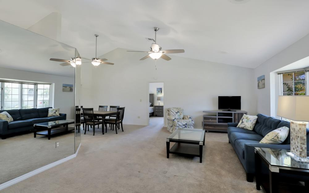 370 Cottage Ct, Marco Island - Home For Sale 925909989