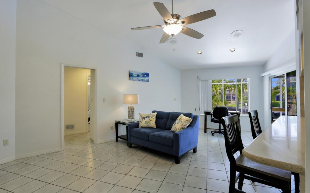 370 Cottage Ct, Marco Island - Home For Sale 1298584610
