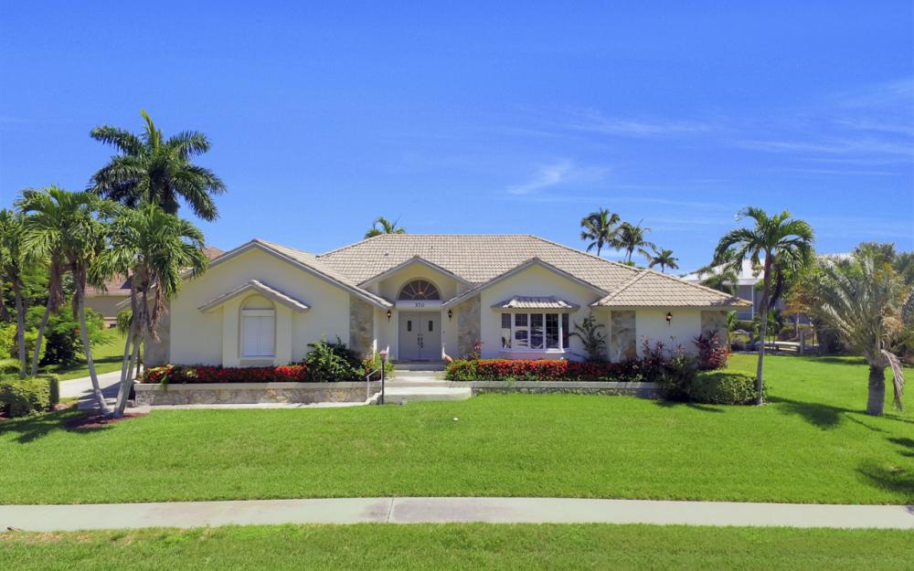 370 Cottage Ct, Marco Island - Home For Sale 417317376