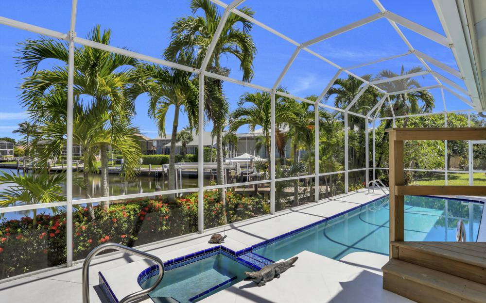 370 Cottage Ct, Marco Island - Home For Sale 581416439