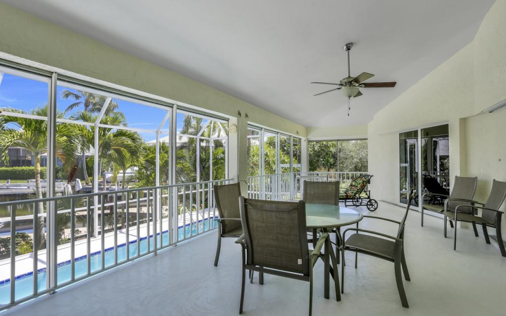 370 Cottage Ct, Marco Island - Home For Sale 522507281