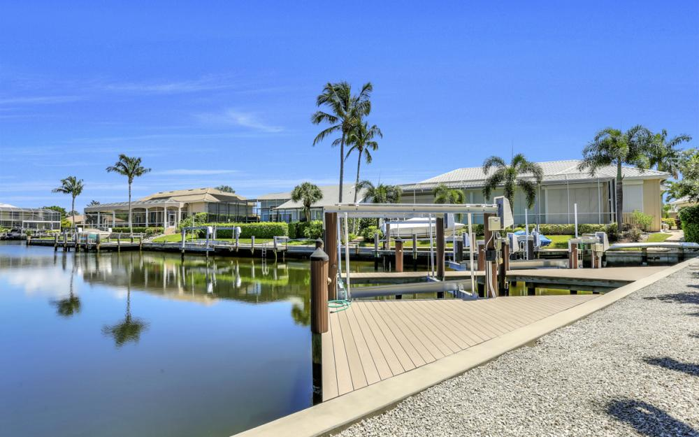 370 Cottage Ct, Marco Island - Home For Sale 695895333