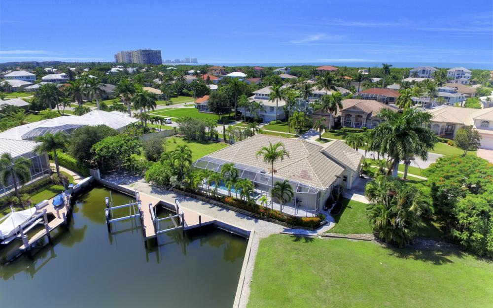 370 Cottage Ct, Marco Island - Home For Sale 628760092