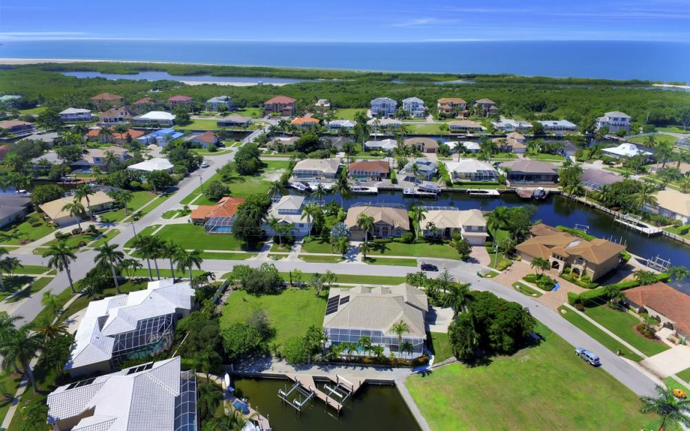 370 Cottage Ct, Marco Island - Home For Sale 180642418