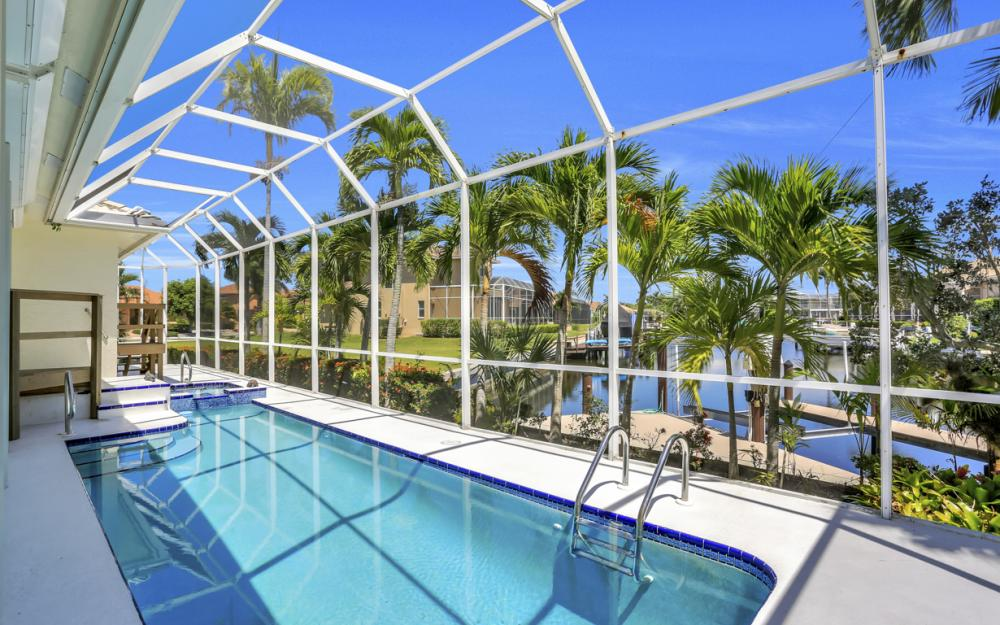 370 Cottage Ct, Marco Island - Home For Sale 1837660974