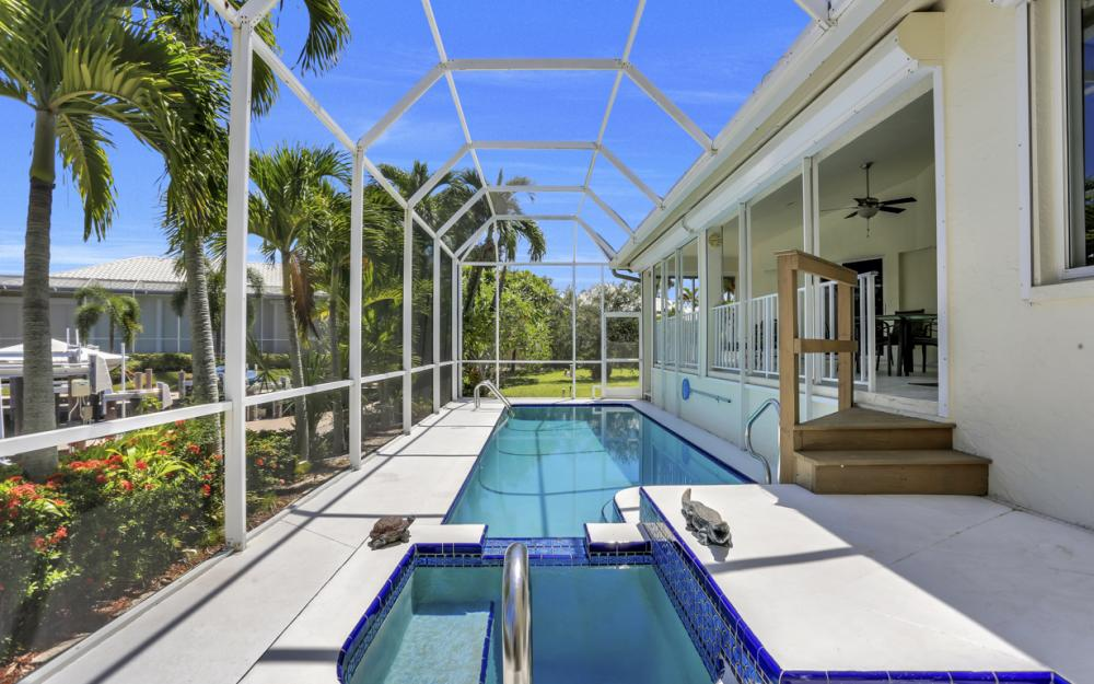 370 Cottage Ct, Marco Island - Home For Sale 479674698