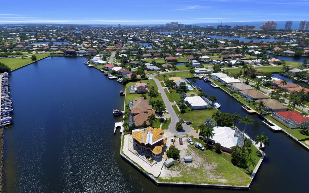 159 S Seas Ct, Marco Island - Home For Sale 95543383