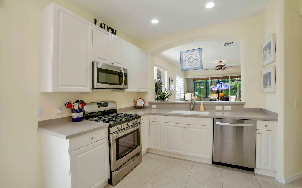 10600 Tirano Ct, Fort Myers - Home For Sale 458345422