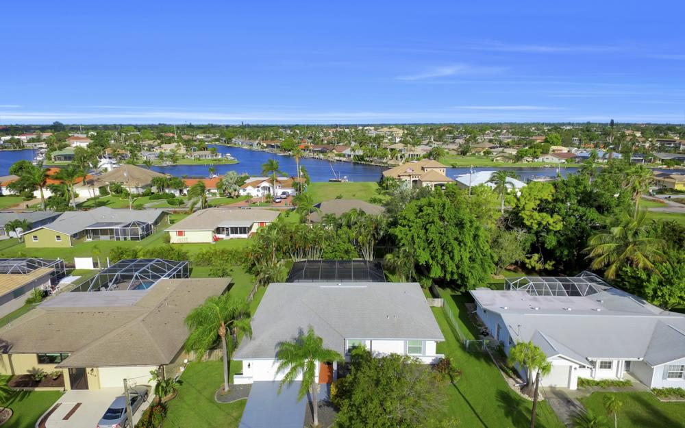 4414 SE 19th Pl, Cape Coral - Home For Sale 246744422