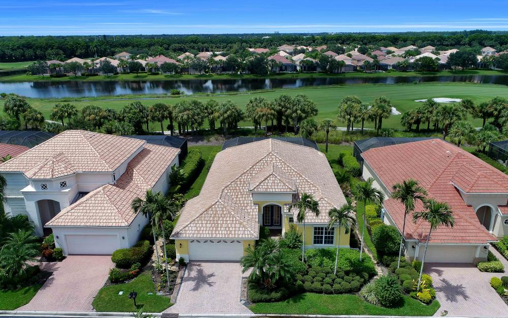 10057 St Moritz Dr, Miromar Lakes - Home For Sale 945976782