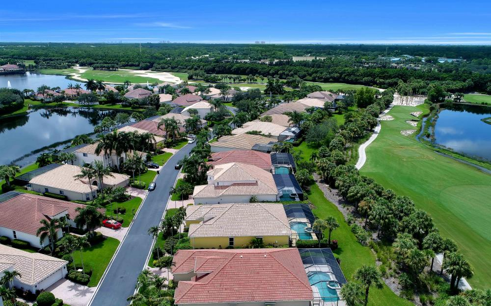 10057 St Moritz Dr, Miromar Lakes - Home For Sale 512503890