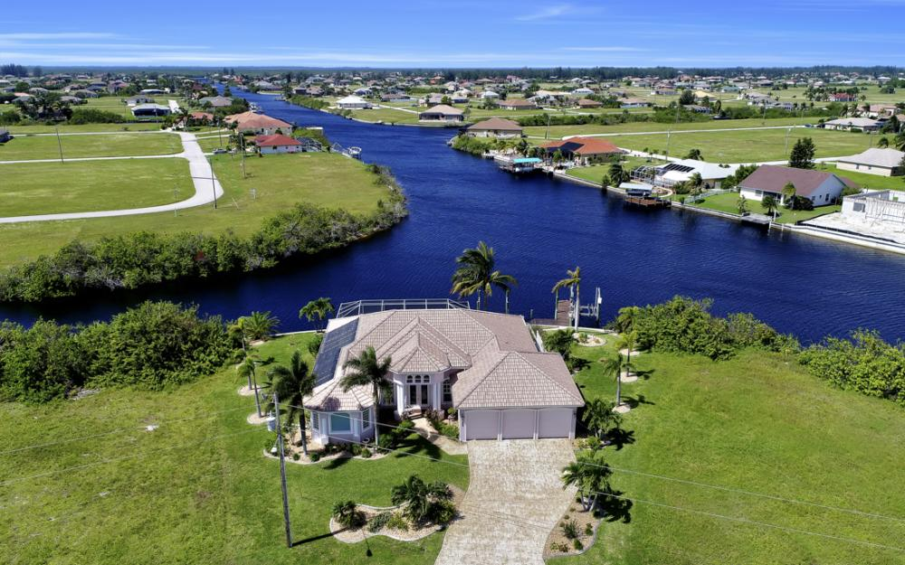 1254 NW 32nd Pl, Cape Coral - Home For Sale 614147355