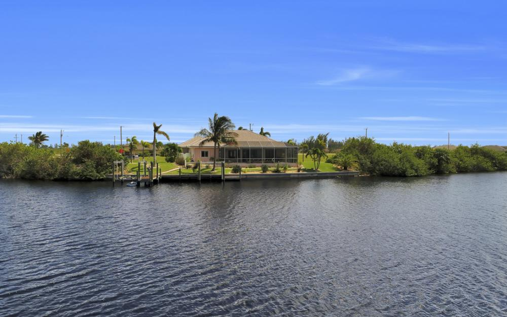 1254 NW 32nd Pl, Cape Coral - Home For Sale 226204270