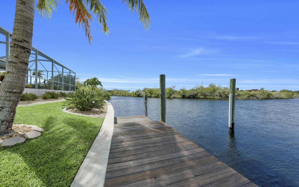1254 NW 32nd Pl, Cape Coral - Home For Sale 749227595