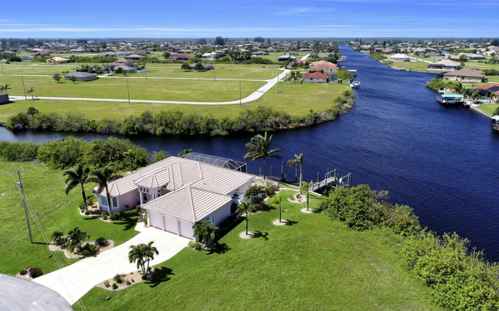 1254 NW 32nd Pl, Cape Coral - Home For Sale 962214313