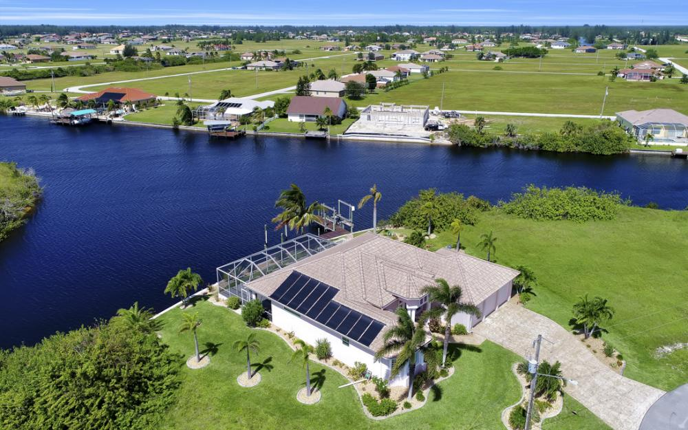 1254 NW 32nd Pl, Cape Coral - Home For Sale 327066881