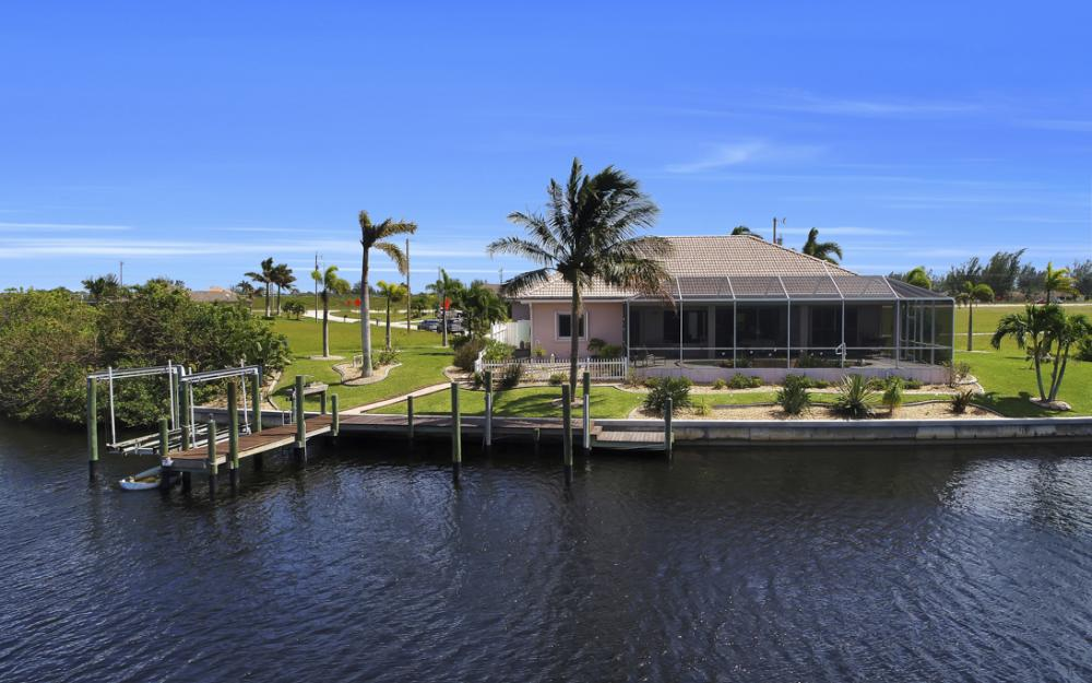 1254 NW 32nd Pl, Cape Coral - Home For Sale 746432846